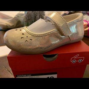 see kai run ginger iii gold size 10